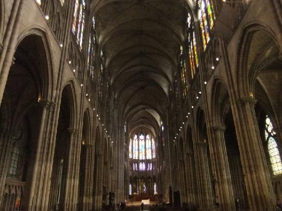 Basilica Cathedral of Saint-Denis: Innenraum