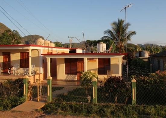 Villa Jorge y Ana Luisa: La Casa
