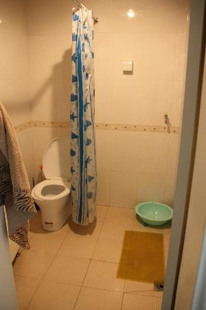 Xian Apartments Guesthouse Hq: bagno