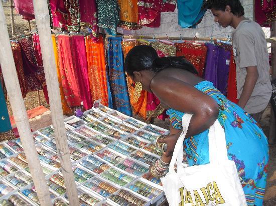 Anjuna Market: I love bracelets...