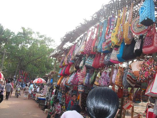 Anjuna Market: Anjuna flea market