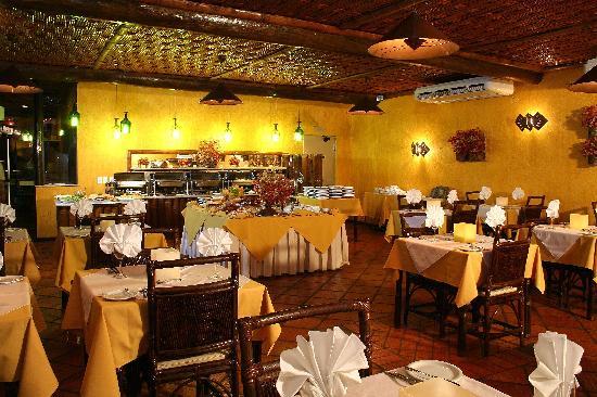 Rio Buzios Beach Hotel: Restaurant