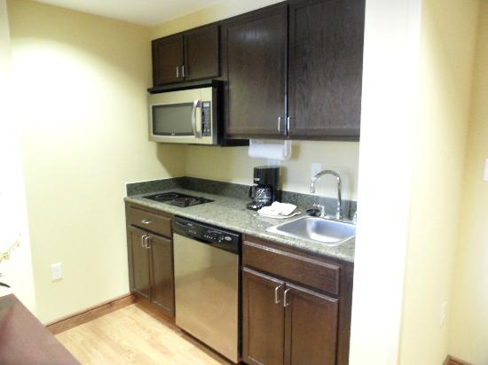 Homewood Suites West Palm Beach: kitchenette
