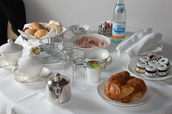 Il Sogno di Giulietta: Breakfast