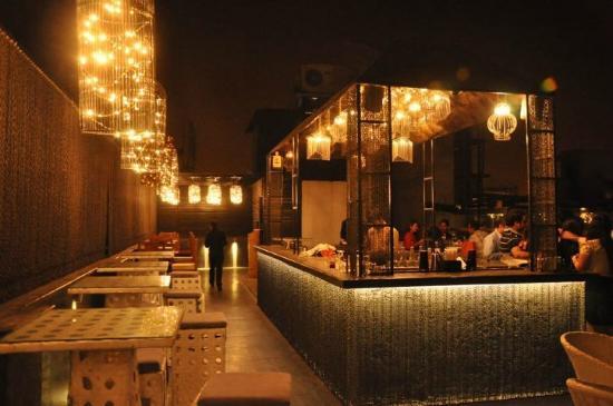 Open Roof Restaurants In Delhi