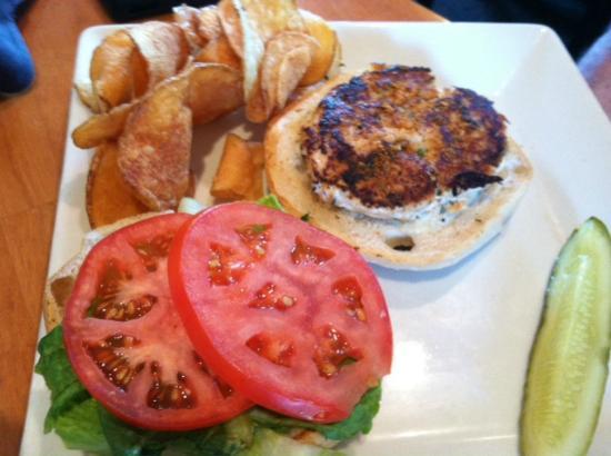 Jonathan's Bistro: Salmon Burger
