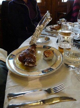 Restaurante Ruta del Veleta: Lamb shoulder
