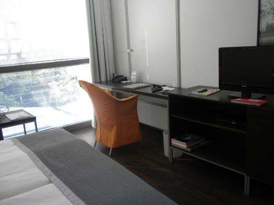 ArtHotel Heidelberg: other angle of bedroom