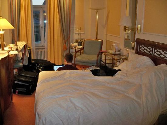 Hotel Schweizerhof Zurich: Room