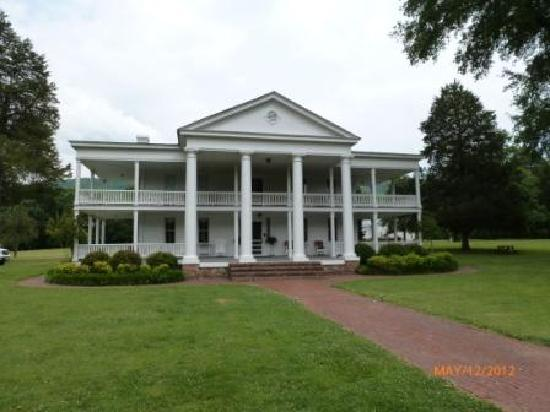 Winston Place: An Antebellum Mansion: Southern Mansion