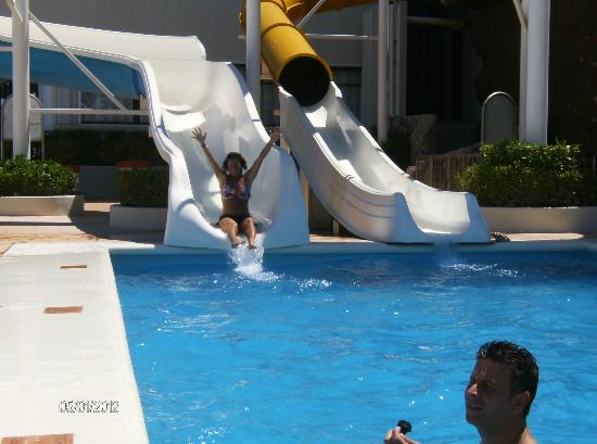 Crown Paradise Club Cancun: waterslides are for all ages!