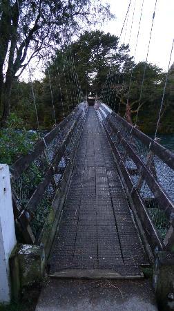Bridge crossing Tongariro River