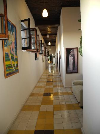 Hotel Machado: Pasillo central