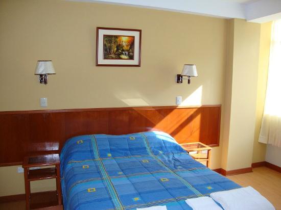 Primavera Plaza Hotel: Habitacion