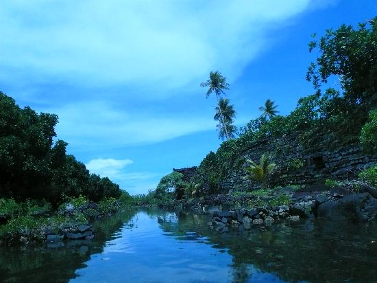 Pohnpei, Mikronesiens Forenede Stater: ボートから見た所