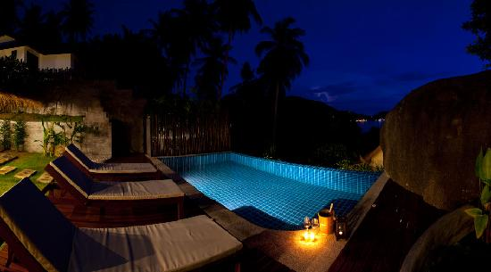 Koh Tao Heights Boutique Villas: Breathtaking at Night