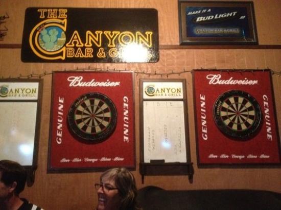 Canyon Bar & Grill: Darts games, but not tonight