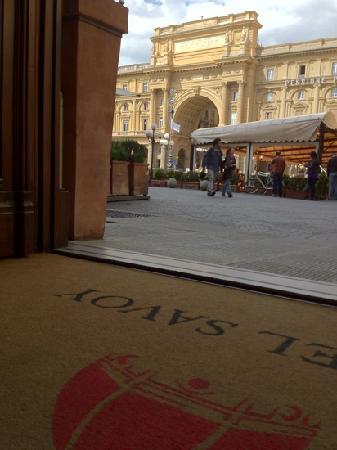 Hotel Savoy: vista desde la entrada del hotel