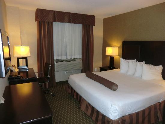 Best Western Plaza Hotel: Zimmer