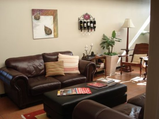 Westville Bed & Breakfast: Guest Lounge