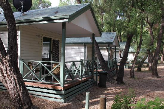 Hamelin Bay Holiday Park: Park Cabin with Ensuite