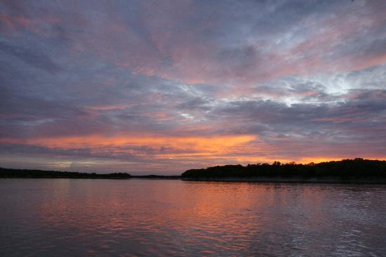 River and Reef Fishing Charters: Dawn on the South Alligator River