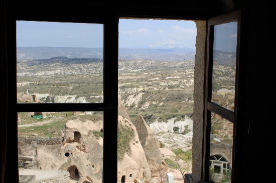 Takaev Cave Hotel & Guest House: vue de notre chambre