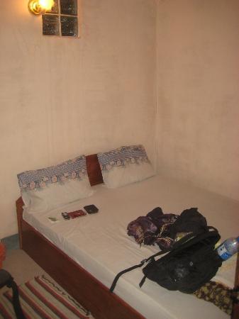 Choumkhong Guesthouse: Billigstes Zimmer