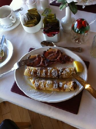 The Tides B&B: great pancakes