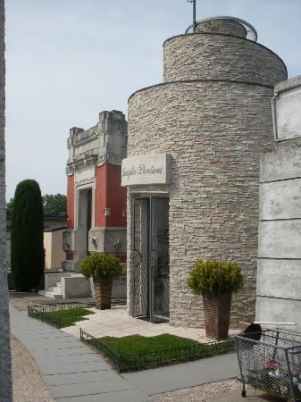 Cesenatico, Italy: Esterno Tomba Pantani