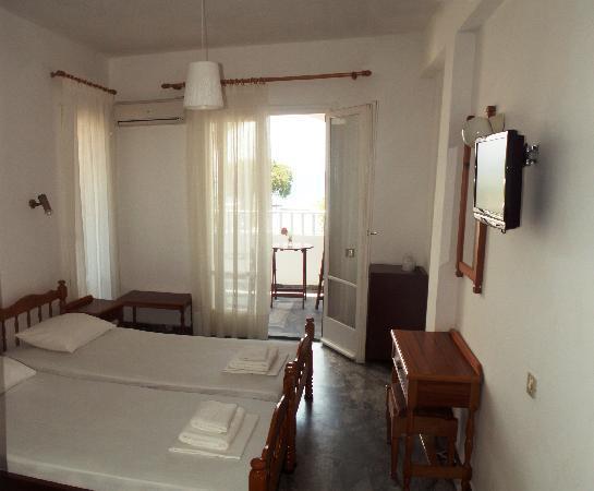 Karanasos: Guest Room