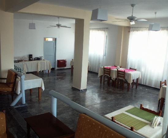 Karanasos: Dining Room