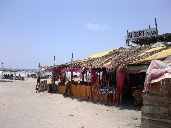 Anjuna Beach Resort: Morjim