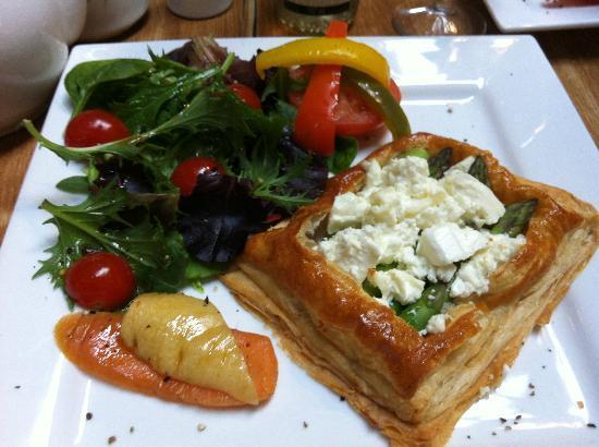 The Ropewalk: Asparagus & feta tart