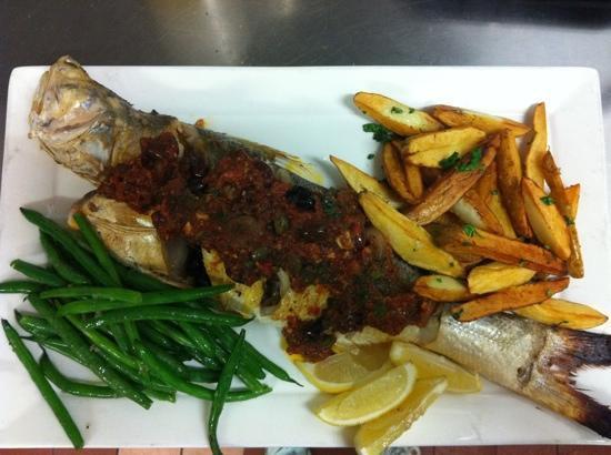 the delightful mediterranean style threadfin salmon at the Aarli !!! :)