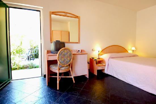 Cinqueterre Residence: Double Room