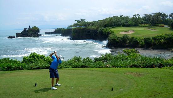 Nirwana Bali Golf Club: Signature hole number 7 featuring Pura Tanah Lot