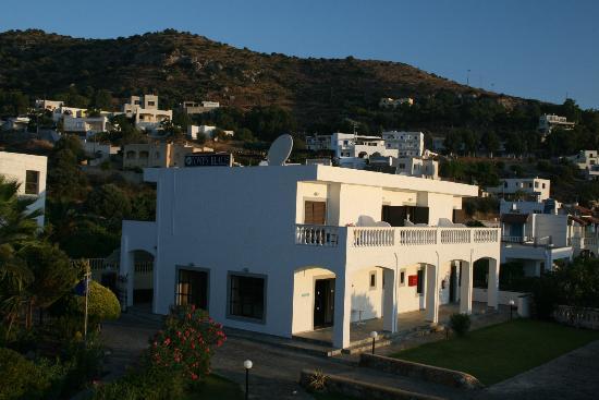 Tony's Beach Studios : The locality