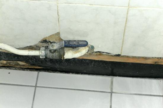 Hotel Montmartrois: salle de bain
