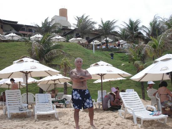 Rifoles Praia Hotel & Resort: area de playa el hotel  da al mar