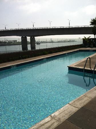 Residence Inn Long Beach Downtown: Pool