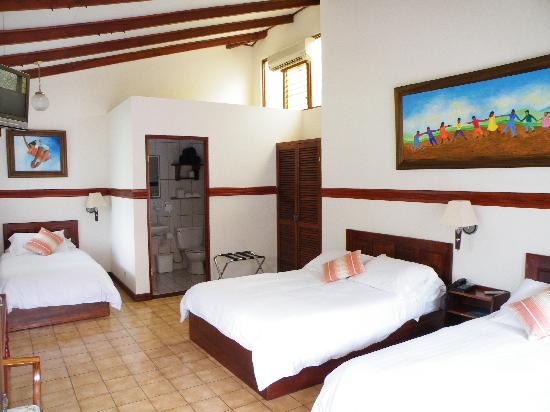 Hotel Playa Espadilla: Standard Rooms