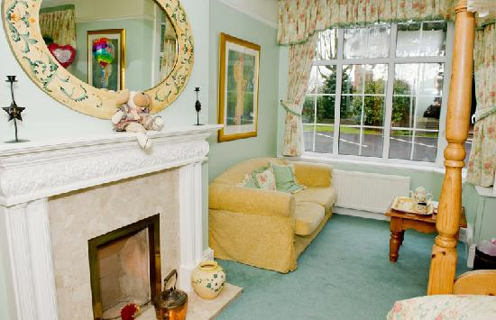 Charnwood Lodge: Four Poster Room