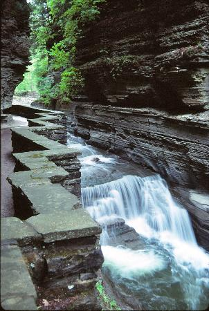 "Ithaca, Estado de Nueva York: ""Z"" Wall & Falls @ Upper Treman"