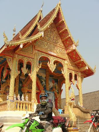 Thai Bike Tours: Temples and intersting sites