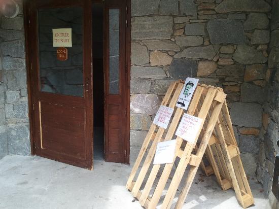 Residence Cybele: PORTES OUVERTES LA NUIT