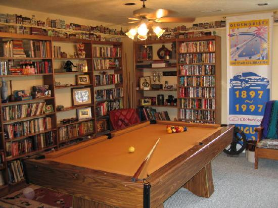 Tuggles' Folly B&B: Enjoy your time in the Game Room