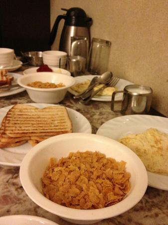 Hotel Singh Continental : Breakfast