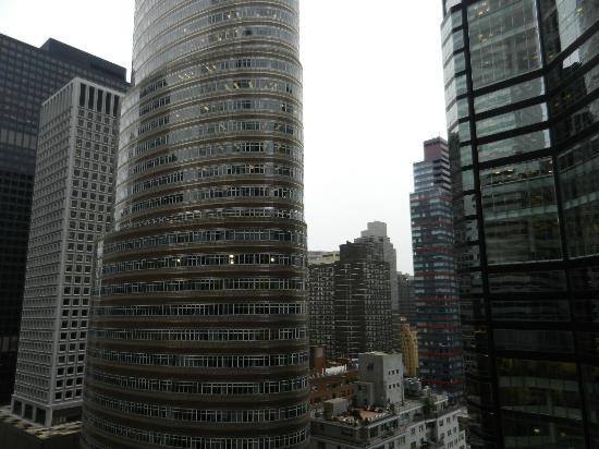 Courtyard New York Manhattan/Midtown East: Aussicht aus dem Zimmer