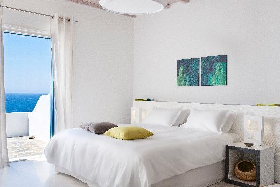 Kouros Hotel & Suites: Suite Sea View